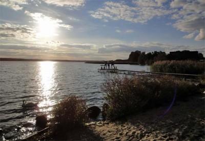 romantische seenlandschaft in lubogoszcz
